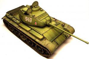 35193 T-44 SOVIET MEDIUM TANK + Rafał Buber Kubić