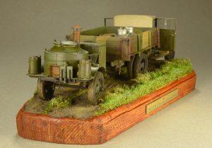 35134 GAZ-MM Mod.1943 CARGO TRUCK + 35061 SOVIET FIELD KITCHEN PK-42 + 35550 WOODEN BARRELS & VILLAGE UTENSILS + Dmitry Semenov