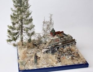 35181 SU-122 Early Production + 35109 SOVIET SOLDIERS AT REST + Matt Szefer