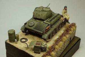 35243 T-80 SOVIET LIGHT TANK w/CREW. SPECIAL EDITION+ 35073 SOVIET 45-mm SHELLS w/AMMO BOXES+ Yang Tae Jun