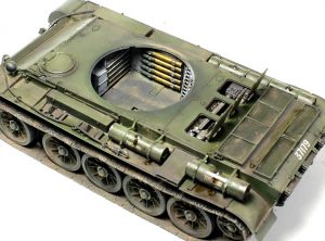 35193 T-44 SOVIET MEDIUM TANK + Picasso