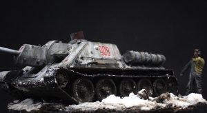 35175 SU-122 Initial Production. Interior Kit + 35009 SOVIET TANK CREW AT REST + Rodolphe Morieux