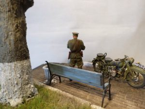35027 SOVIET OFFICERS AT FIELD BRIEFING + 35530 STREET ACCESSORIES + Pavel Ponomarenko