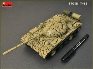 Build up 37018 T-55 1963年型 坦克 含内构