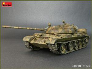 Photos 37018 T-55MOD.1963フルインテリア(内部再現)
