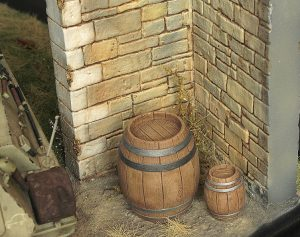 36015 VILLAGE DIORAMA BASE + 35550 WOODEN BARRELS & VILLAGE UTENSILS + maestromae