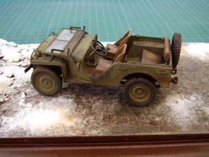 35048 SOVIET COMMAND CAR w/CREW