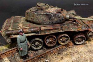 35193 T-44 SOVIET MEDIUM TANK + Shigeyuki Mizuno