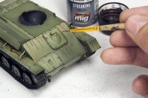 35194 T-70M SOVIET LIGHT TANK w/CREW. SPECIAL EDITION + Ivan Drond