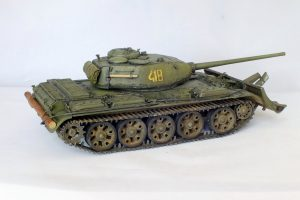 37002 T-44M SOVIET MEDIUM TANK + Alexander Komarov