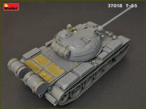 Build up 37018 T-55MOD.1963フルインテリア(内部再現)