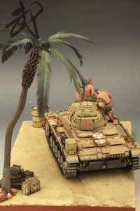 "35141 GERMAN TANK CREW ""AFRIKA KORPS""  + Kung Fu Model"