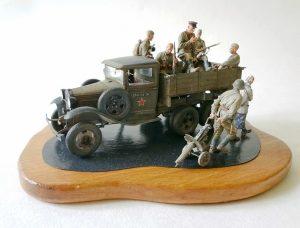35136 GAZ-AAA Mod. 1940. CARGO TRUCK + 35055 SOVIET SOLDIERS RIDERS + Mikhail Ukolov