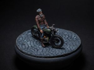 35168 U.S. MILITARY POLICEMAN w/MOTORCYCLE + Cristian Eduardo Castro Cerda
