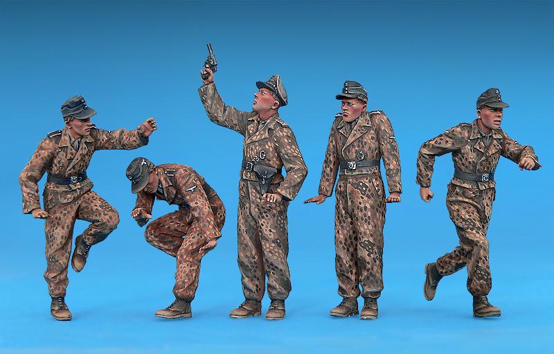 German Tank Crew Winter Uniforms Special Edition Kit MINIART 1:35 MIN35249