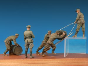 Photos 35256 GERMAN SOLDIERS w/FUEL DRUMS. SPECIAL EDITION
