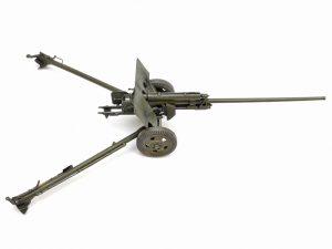 35035 SOVIET 57mm ANTI-TANK GUN ZIS-2 w/CREW + Andrey Zemlyanichkin