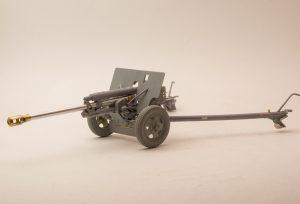 35032 SOVIET 76,2 mm DIV. FIELD GUN ZIS-3 w/CREW + Roman Proshkin
