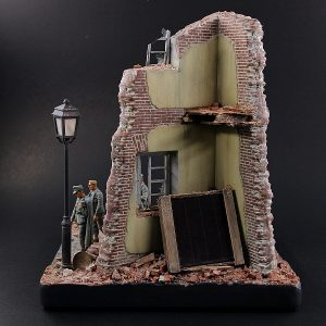 35512 THE CORNER DIORAMA BASE + Pavel