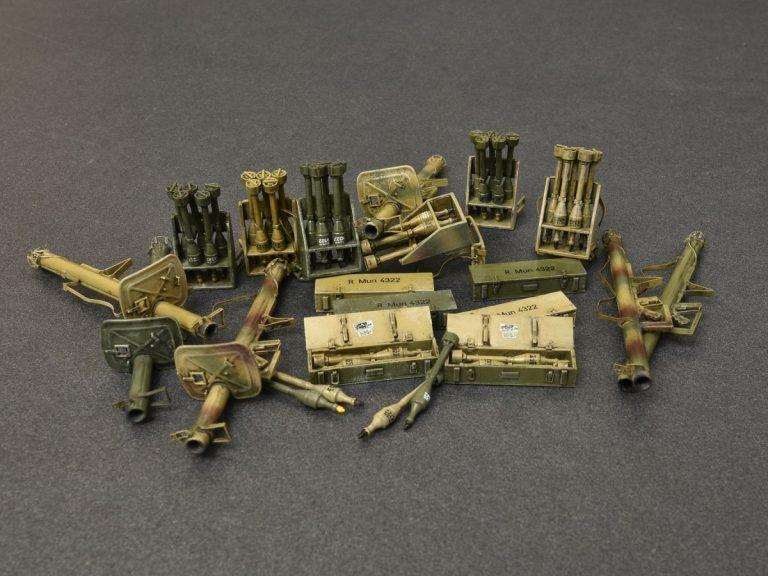 "35263 RPzB.54坦克杀手(反坦克火箭来复枪)& RPzB.43""烟囱""火箭筒套装"