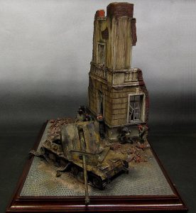 36012 DIORAMA w/RUINED HOUSE + Tanaka K-suke