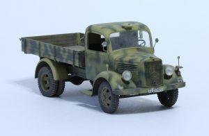 35142 MB 1500S GERMAN 1,5t CARGO TRUCK + Evgeny Mukshtadt