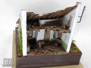 36023 DUTCH VILLAGE DIORAMA + Terence Young