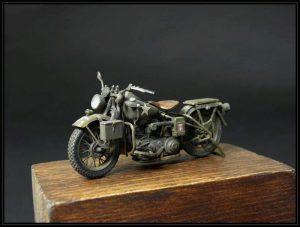 35080 U.S. WW II Motorcycle WLA + Mecenas