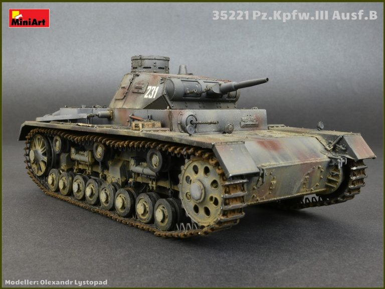 35221  三号坦克B型 带乘员