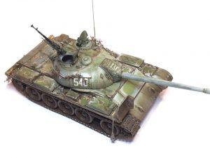 37017 T-54A SOVIET MEDIUM TANK + Peter Robinson