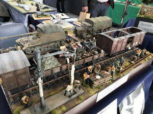 35567 RAILROAD WATER CRANE + 35566 RAILWAY SEMAPHORE + 35062 GERMAN SOLDIERS AT REST