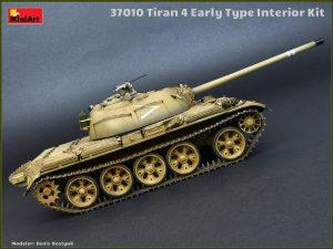Photos 37010 Tiran 4 frühe Ausführung mit Inneneinrichtung