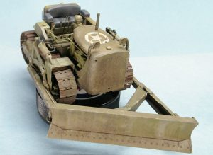 35195 U.S. ARMY BULLDOZER + Chad Anderson