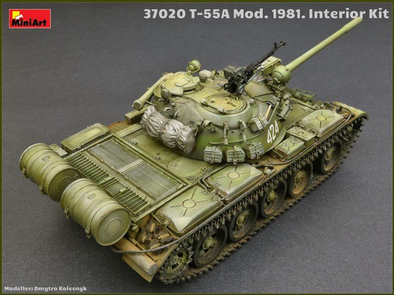 37020 T-55A 中型坦克 1981年型 带内构