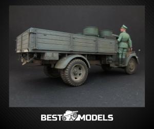 35042 WORLD WAR II DRIVERS