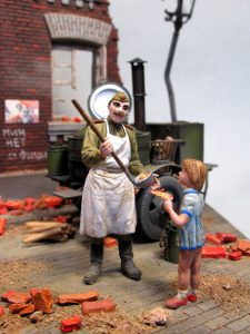 36014 INFANTRY IN THE CITY + 35061 SOVIET FIELD KITCHEN PK-42 + Pacu