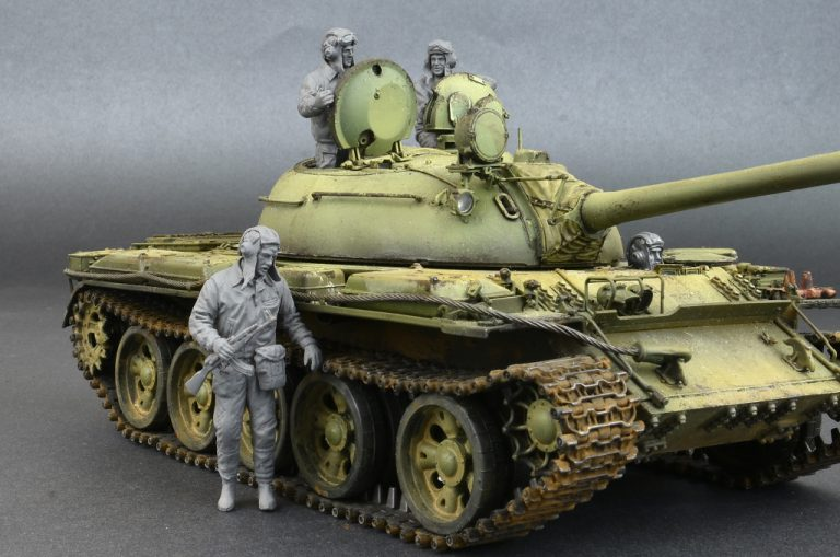 37037 ソビエト戦車兵1960-70s 4体入