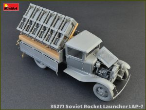 Photos 35277 SOVIET ROCKET LAUNCHER LAP-7