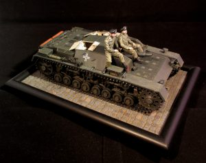 35210 STUG. III 0-SERIES + 35191 GERMAN TANK CREW (France 1940) +Kimmo Happonen