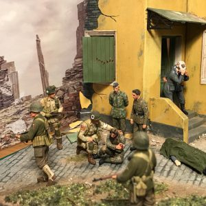 36029 VILLAGE STREET + 35089 U.S. 101st AIRBORNE DIVISION (NORMANDY 1944) + Phil Sheridan