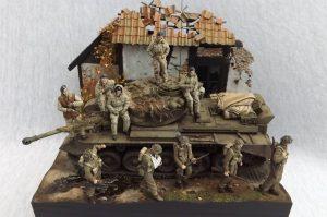 35121 BRITISH TANK CREW. WINTER UNIFORM + Wilfred Huisman