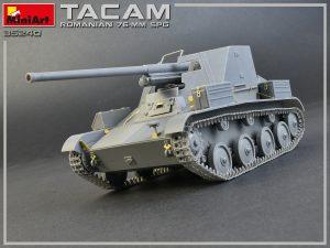 Build up 35240 Rumänischer 76-mm SPG Tacam T-60 mit Innenausstattung