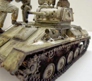 35243 T-80 SOVIET LIGHT TANK w/CREW. SPECIAL EDITION + Martin Giangreco dioramics