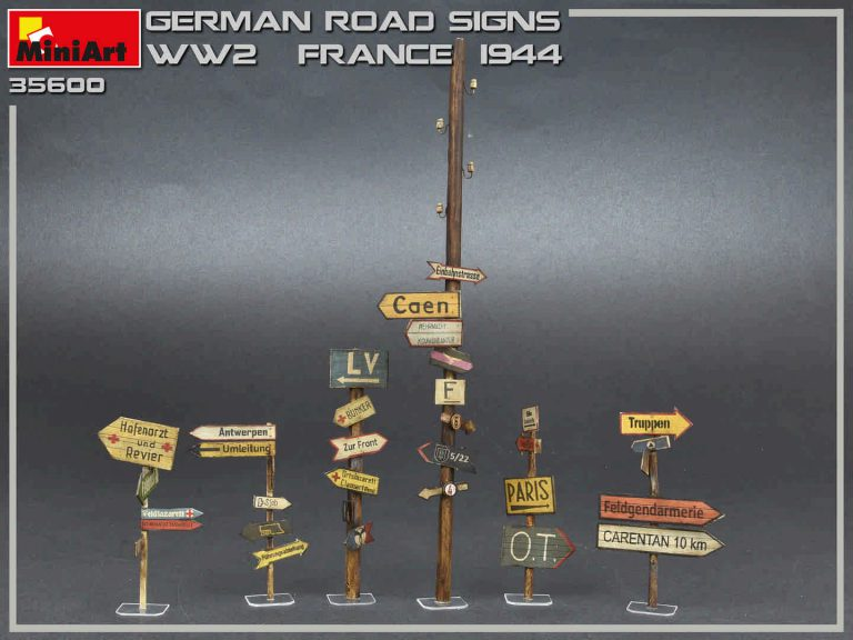35600 GERMAN ROAD SIGNS WW2 (FRANCE 1944)