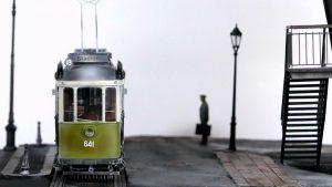35560 STREET LAMPS & CLOCKS + 35544 FACTORY CORNER w/ STEPS + 38009 EUROPEAN TRAMCAR (StraBenbahn Triebwagen 641) w/CREW & PASSENGERS + Takashi Segawa(@takashisegawa)