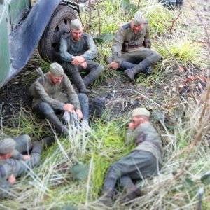 35149 GAZ-03-30 Mod. 1938 + 35233 SOVIET SOLDIERS TAKING A BREAK + Luypaert Thierry