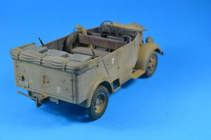 35139 Kfz.70 MB 1500A GERMAN 4×4 CAR w/CREW + Victor