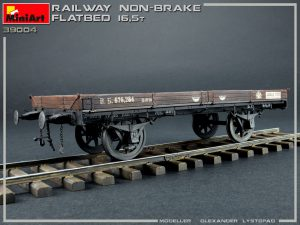 39004 RAILWAY NON-BRAKE FLATBED 16,5 t by Olexandr Lystopad