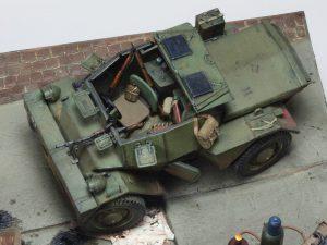 35074 DINGO Mk.II SCOUT CAR w/CREW Pz.Kmpf. Mk.I 202(e) + Robert Crombeecke