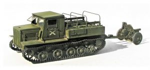 35140 Ya-12 SOVIET ARTILLERY TRACTOR. LATE PRODUCTION + David Nickels